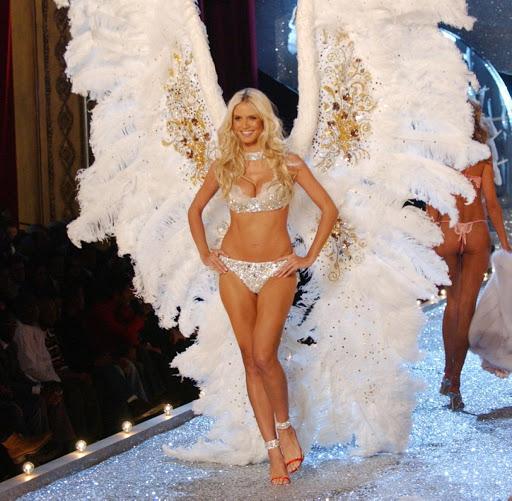 Heidi Klum no Victoria's Secret Fashion Show