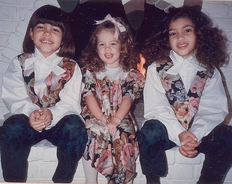 Filhas de Kris Jenner e Robert na infância