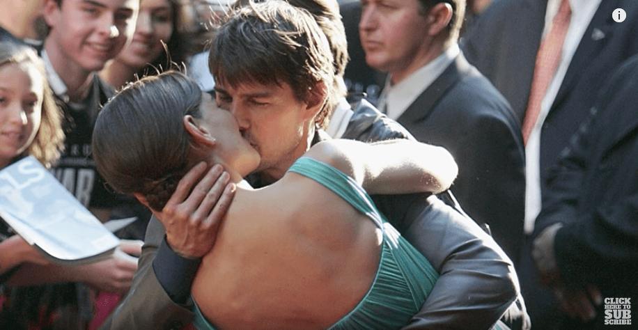 Katie Holmes e Tom Cruise em red carpet