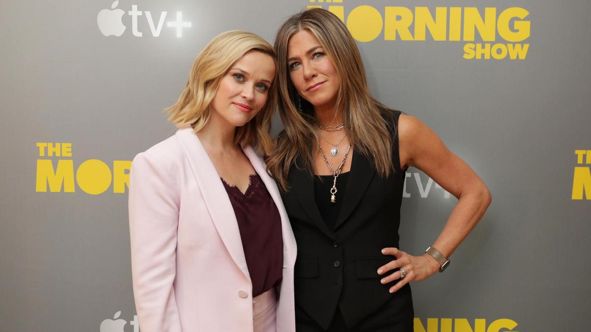 Jennifer Aniston e Reese Witherspoon em The Morning Show