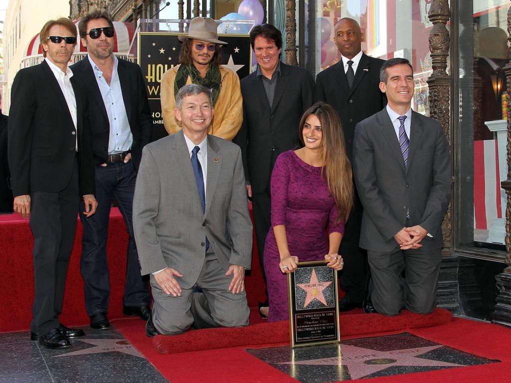 Penélope Cruz e sua estrela na Calçada da Fama