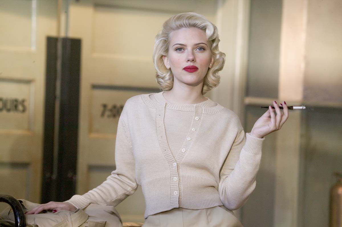 Scarlett Johansson em Dália Negra